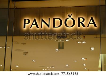Pandora Store In Rome   IUCN Water