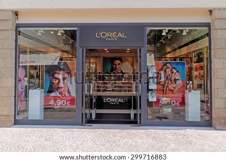 ROME, ITALY - JULY 25, 2015. L'Oreal Paris Store in Rome, Italy. The L'Oreal Group is a French cosmetics and beauty company, the world's largest cosmetics company.