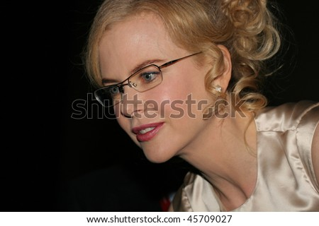 ROME - OCTOBER 13: Nicole Kidman attends a photocall to promote the movie 'Fur: An Imaginary Portrait of Diane Arbus' on the first day of Rome Film Festival  on October 13, 2006 in Rome, Italy