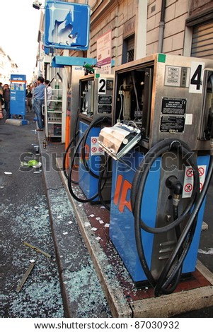 ROME - OCTOBER 15 - Violent protesters called Black Bloc did vandalism during the worldwide demonstration linked to Occupy Wall Street on October 15, 2011 in Rome - stock photo