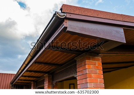 Nice Roof Overhang