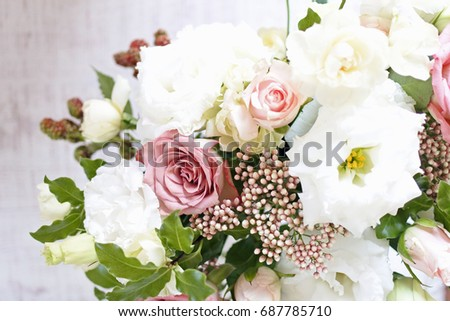 Rose flowers in a vase