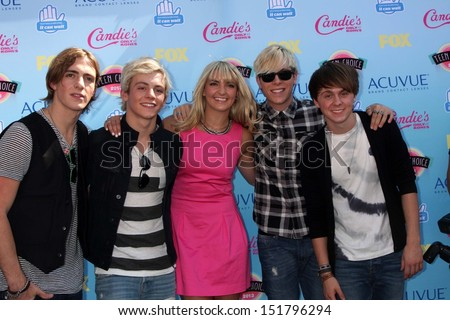 Ross Lynch, B5 Band at the 2013 Teen Choice Awards Arrivals, Gibson Amphitheatre, Universal City, CA 08-11-13