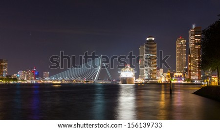 Rotterdam Centre with cruise ship