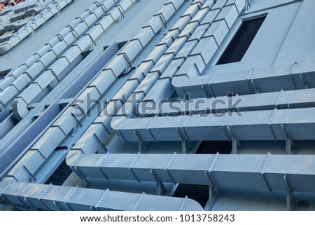 Row of air ventilation system