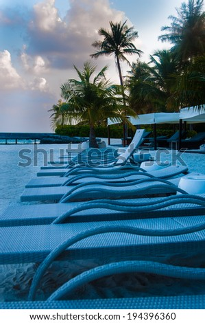 Row of Sun chair and beds
