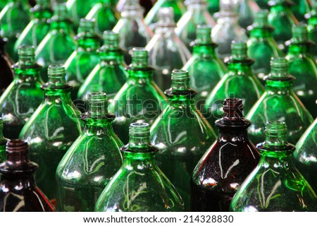 Rows of green bottles - stock photo