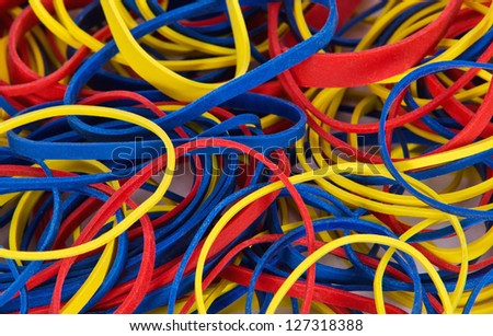 Rubber bands in different colors and sizes