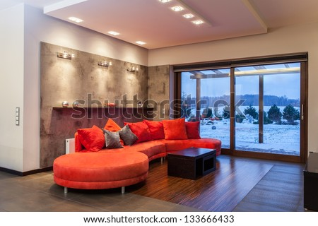 Ruby house - Huge, red and comfortable sofa