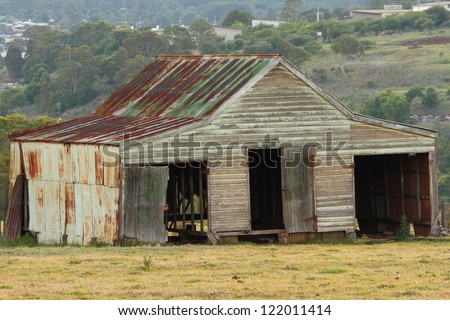 rural australia rusty old farm shed darling downs - stock photo