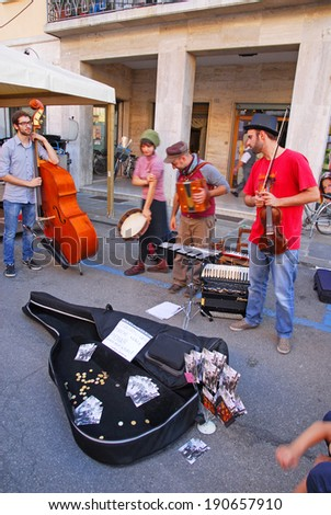 RUSSI, RAVENNA, ITALY- SEPTEMBER 16, 2012: street band at the Seven Sorrows annual fair. The exhibition is very popular in the city and attracts thousands of people.