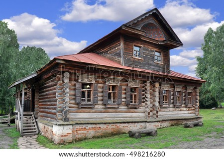 Russian hut of the 18th century