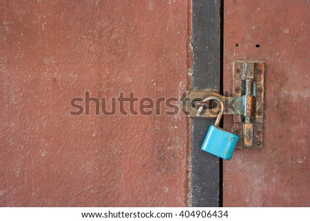 Rusty key lock at the door