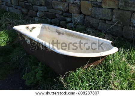 Old Bath Tub Stock Images, Royalty-Free Images & Vectors ...