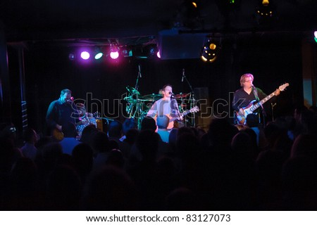 SACRAMENTO, CA - AUG 18: Toad the Wet Sprocket performs at Harlow's in Sacramento, California on August 18th, 2011