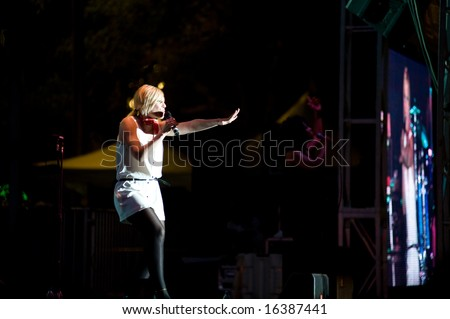 SACRAMENTO, CA - August 20: Natasha Bedingfield performs on stage at the California State Fair. August 20, 2008