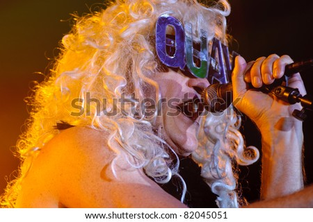 SACRAMENTO, CA - JULY 29: Fee Waybill as Quay Lewd with The Tubes performs at Thunder Valley Casino and Resort in Lincoln, California on July 29, 2011