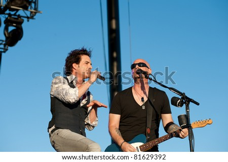 SACRAMENTO, CA - JULY 24: Pat Monahan and Jimmy Stafford with Train performs at Thunder Valley Casino and Resort in Lincoln, California on July 24th, 2011