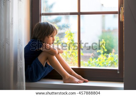 Sad Child Stock Images Royalty Free Images Amp Vectors