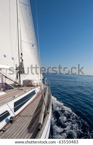 Sailing boat in the middle of the sea