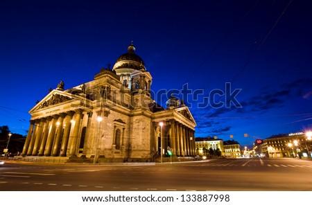 Saint Isaac Cathedral at night Saint Petersburg, Russia.   Catedral de San Isaac en San Petersburgo , Rusia. - stock photo