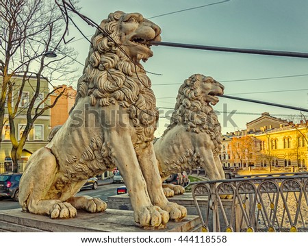 Saint Petersburg, Russia. The lions of Bridge of Four Lions over the Griboyedov canal holding the bridge.