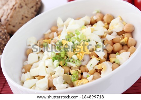 salad of chick peas