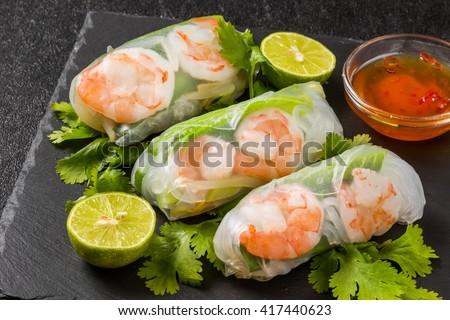 Salad spring roll of Asian wind prawns