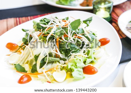 Salad vegetables reduce weight.