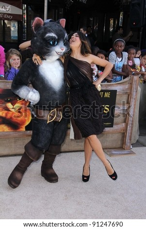 "Salma Hayek at the ""Puss In Boots"" Los Angeles Premiere, Village Theater, Westwood, CA 10-23-11"
