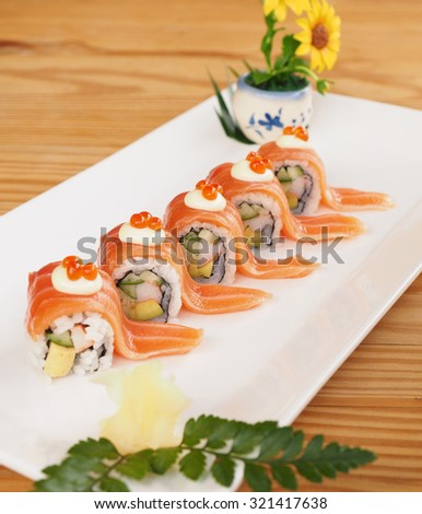 Salmon outside rolls, Japanese food