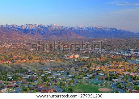 Salt Lake City and the Wasatch Mountains, Utah, USA.