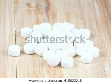 Salt pellets for  environment friendly cleaning dishes