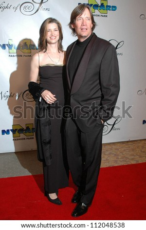 Sam Jenkins and Kevin Sorbo at the 17th Annual Night of 100 Stars Gala. Beverly Hills Hotel, Beverly Hills, CA. 02-25-06