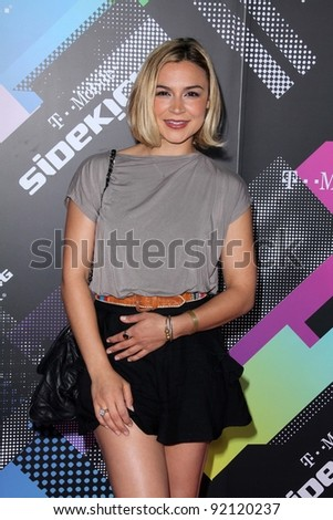 Samaire Armstrong at the T-Mobile Sidekick 4G Launch Party, Private Location, Beverly Hills, CA. 04-20-11
