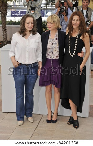 "Samantha Morton, Michelle Williams & Catherine Keener at photocall for ""Synecdoche, New York"" at the 61st Annual Cannes Film Festival.  5-23-08  Cannes, France. By: Paul Smith / Featureflash - stock photo"
