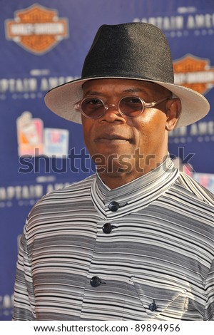 """Samuel L. Jackson at the premiere of his new movie """"Captain America: The First Avenger"""" at the El Capitan Theatre, Hollywood. July 19, 2011  Los Angeles, CA Picture: Paul Smith / Featureflash - stock photo"""