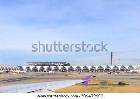 SAMUTPRAKARN, THAILAND - MAY 21: docked flights in Bangkok Suvarnabhumi Airport. Suvarnabhumi Airport is one of two international airports serving Bangkok, Thailand on May 21, 2015 - stock photo