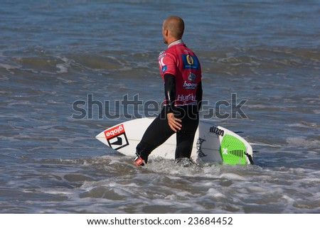 SAN CLEMENTE, CA, SEPTEMBER 14, 2007: Professional surfer CJ Hobgood gets ready for his heat during the Boost Mobile Pro - September 14, 2007 in San Clemente, Ca. - stock photo