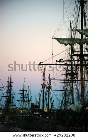 SAN DIEGO, UNITED STATES - DECEMBER 25: Old sailing ships of the Maritime Museum of San Diego are in the sunrise of 25 December 2015 in the port of San Diego / Maritime Museum San Diego