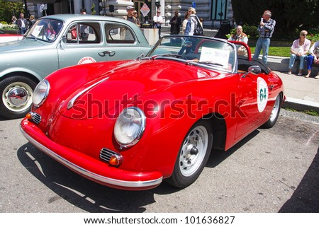 SAN FRANCISCO - APRIL 29: A 1959 Porsche Convertible is on display during the 2012 California Mille show in Nob Hill in San Francisco on April 29, 2012