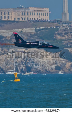 SAN FRANCISCO, CA - OCTOBER 8: Patriots Jet Team on L-39 Albatross aircraft showing precision of flying, the highest level of pilot skills during Fleet Week on October 8, 2011 in San Francisco, CA.
