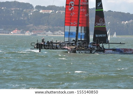 SAN FRANCISCO, CALIFORNIA � SEPTEMBER 14: Team New Zealand moves out to the start position during the America�s Cup Finals in San Francisco Bay on September 14, 2013 in San Francisco, California.