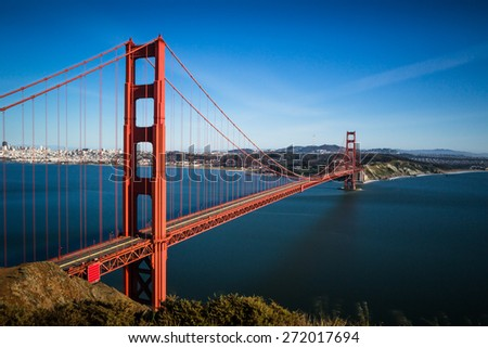 San Francisco Golden Gate Bridge and cityscape at sunset