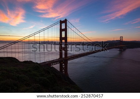 San Francisco Golden Gate Bridge sunrise