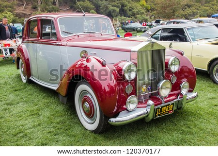 SAN FRANCISCO - SEPTEMBER 29: A 1954 Rolls Royce Silver Dawn is on display during the 2012 Jimmy's Old Car Picnic in Golden Gate Park in San Francisco on September 29, 2012