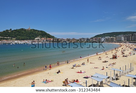SAN SEBASTIAN or DONOSTIA, SPAIN-JUN 14: San Sebastian or Donostia is a coastal city and located on the coast of the Bay of Biscay, Spain. View to the coast in low tide on 14 Jun, 2015, Spain.