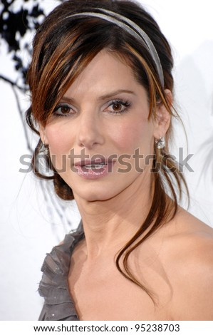 "Sandra Bullock at the world premiere of ""Premonition"" at the Cinerama Dome, Hollywood.  March 13, 2007  Los Angeles, CA Picture: Paul Smith / Featureflash"