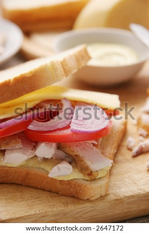 Sandwich with chicken.