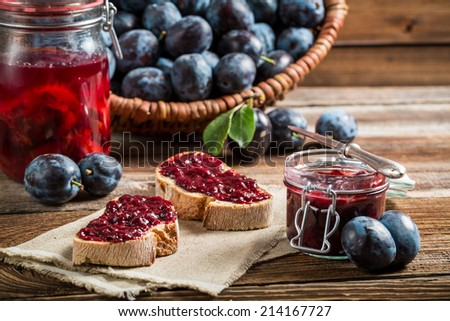 Sandwich with fresh plum jam